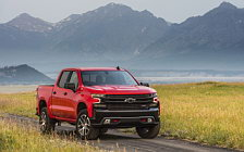 Cars wallpapers Chevrolet Silverado LT Z71 Trailboss Crew Cab - 2018