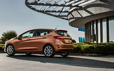 Cars wallpapers Ford Fiesta Titanium 5door - 2017