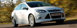 Ford Focus Zetec S UK - 2012